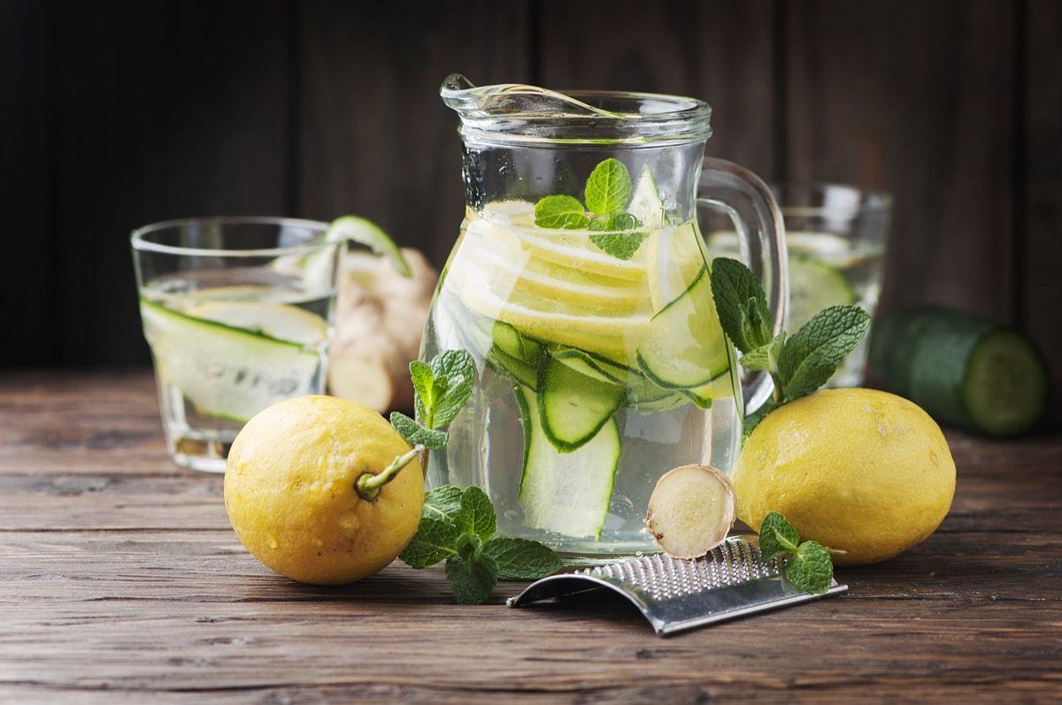 Limone, cetriolo e zenzero