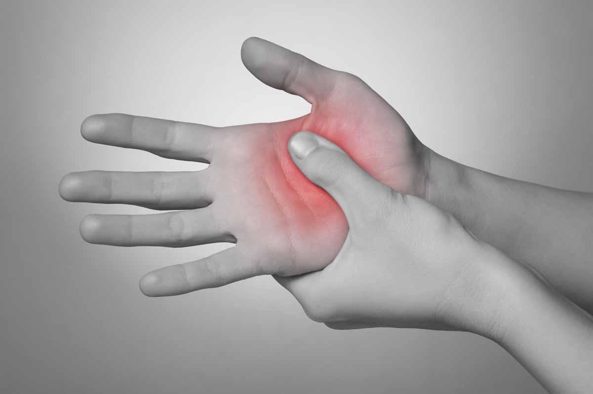 Cause del formicolio alla mano destra