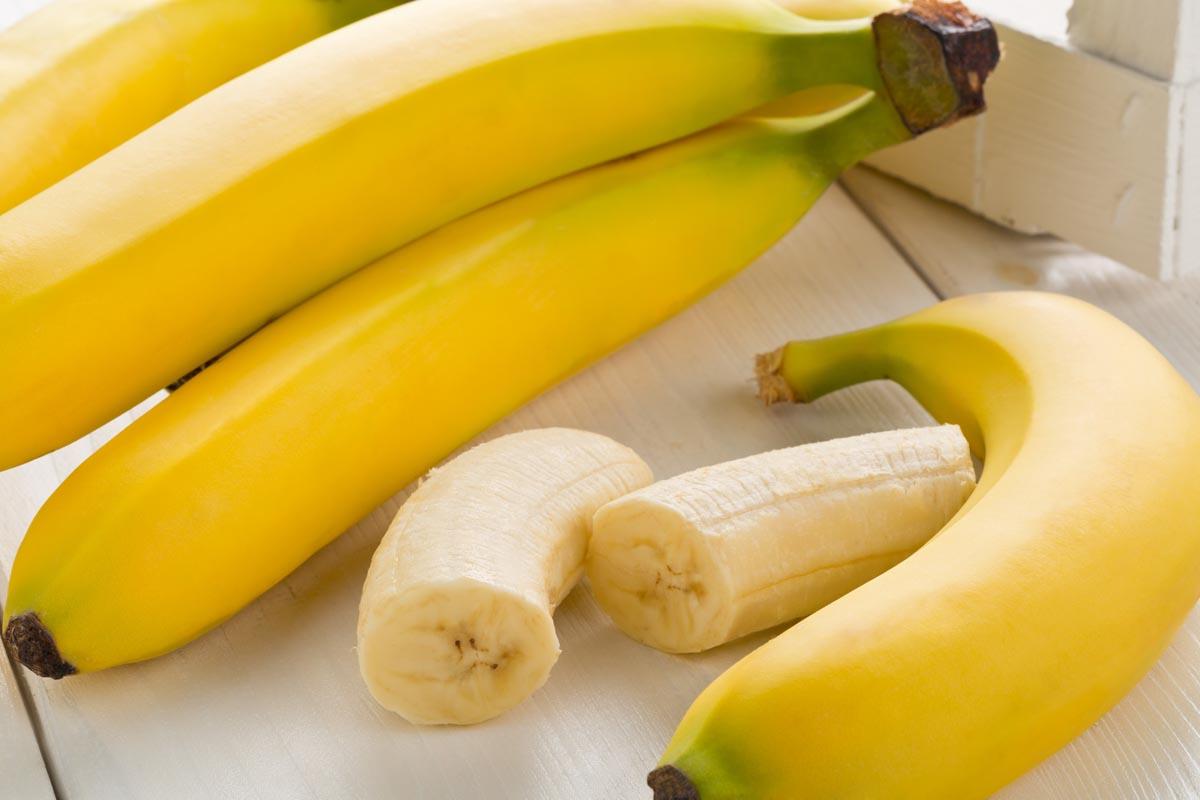 La dieta della banana ipocalorica: un regime rigido per 4 giorni, per una perdita rapida di peso