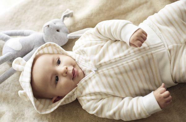 Abbigliamento e tutine da neonato per ogni stagione