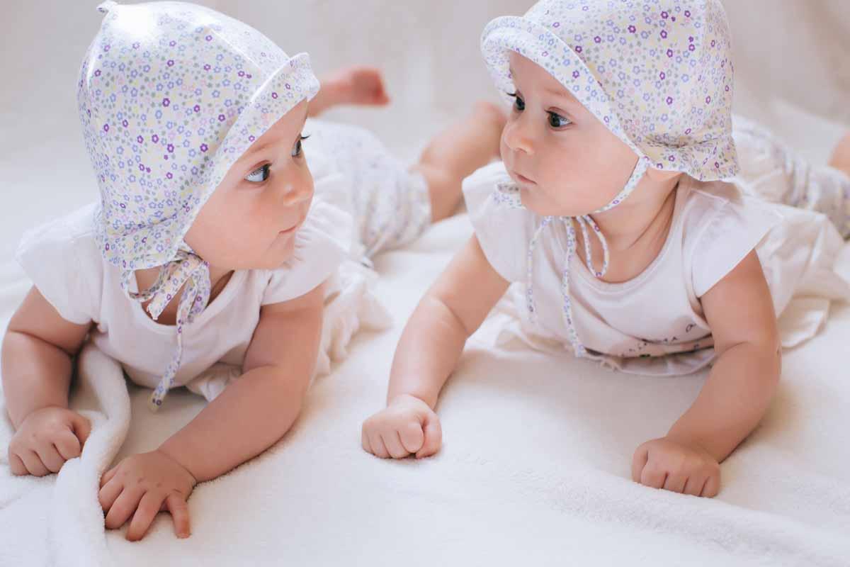 Cosa s'intente con gemelli monozigoti?