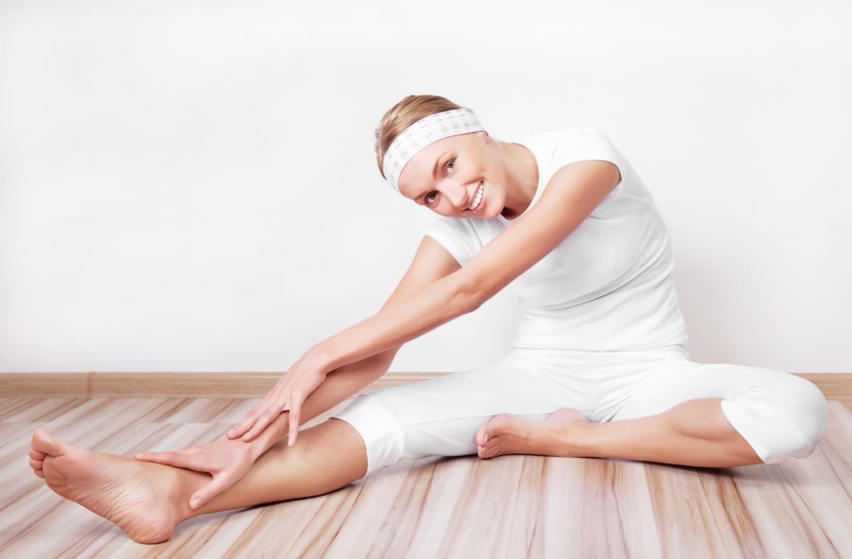 Esercizi per i fianchi gambe a terra e apertura a 90 gradi