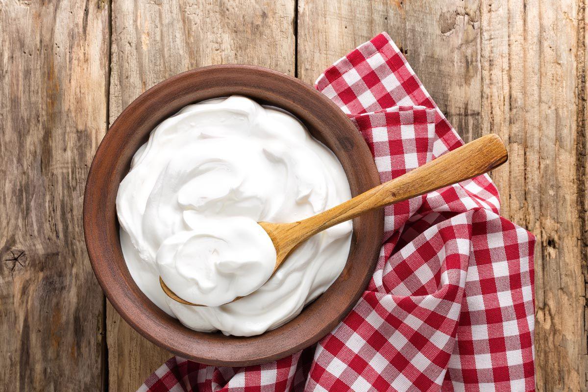 Allora, lo yogurt fa ingrassare? No, lo si può aggiungere tranquillamente alla propria dieta.