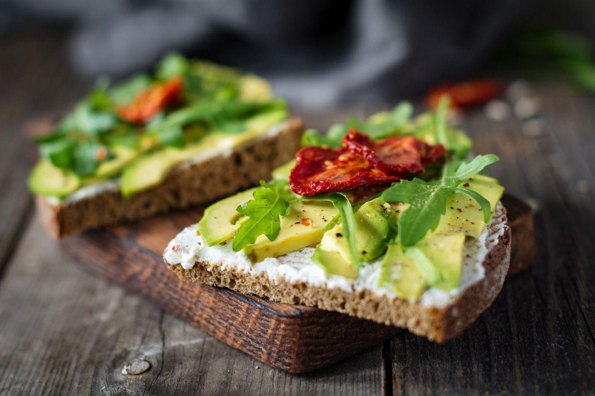 Come mangiare l'avocado