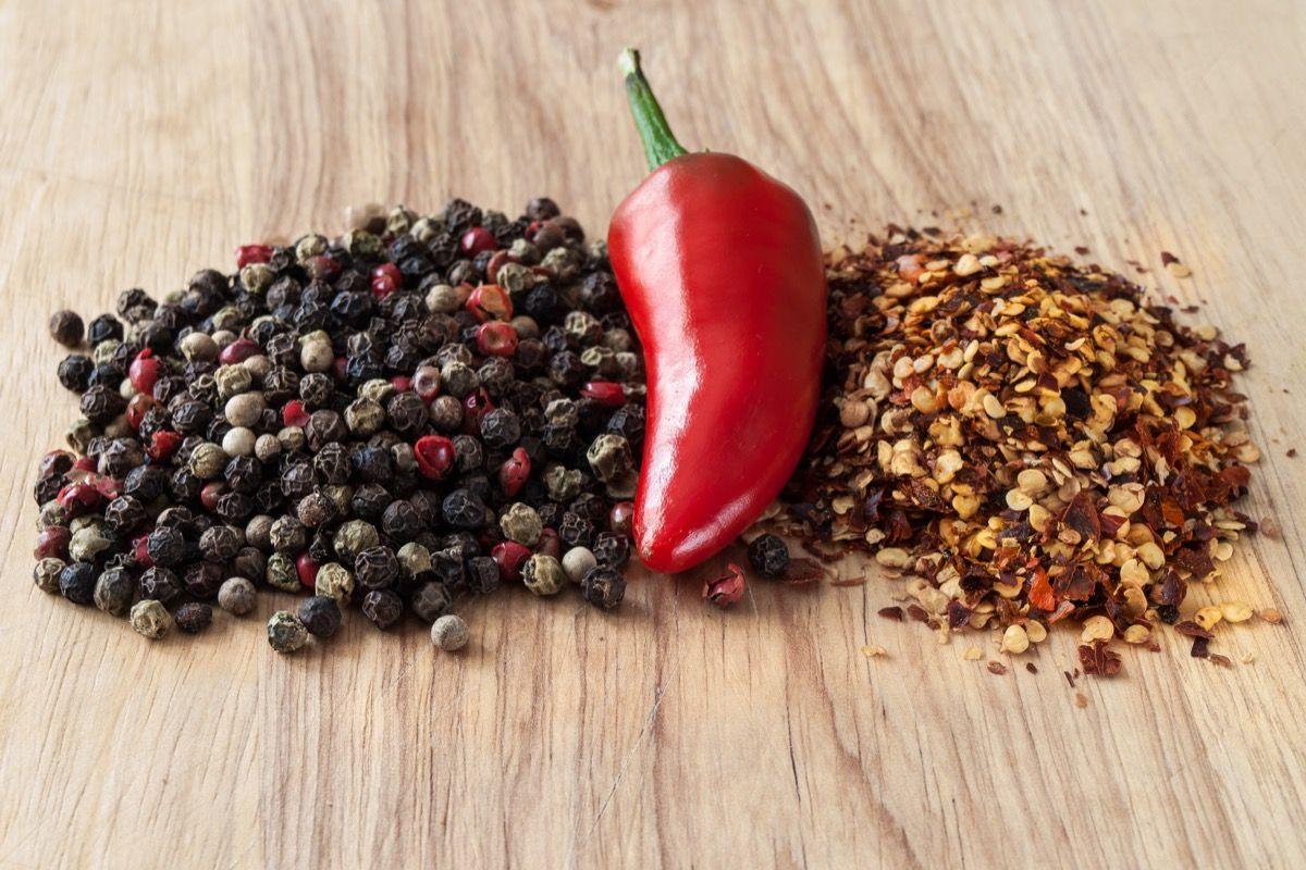 proprietà del pepe di cayenna per perdere peso