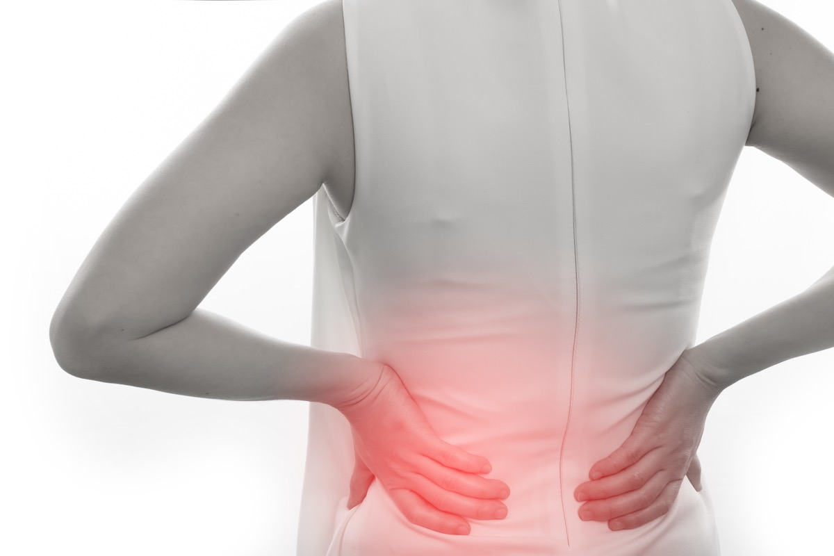 dolore parte destra pancia e schiena