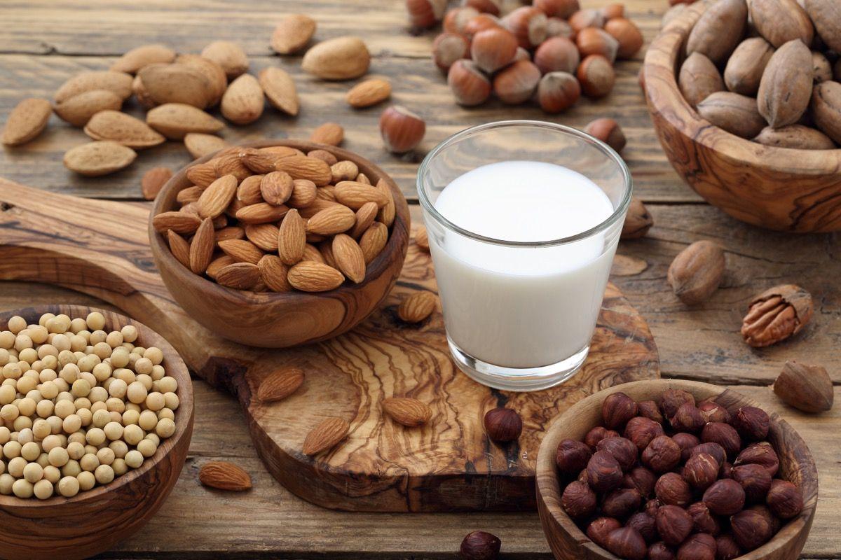 Le proprietà del latte di soia