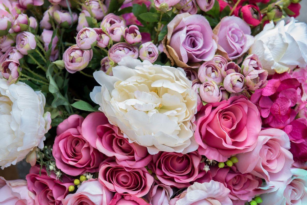 stupendo mazzo di fiori al mercato
