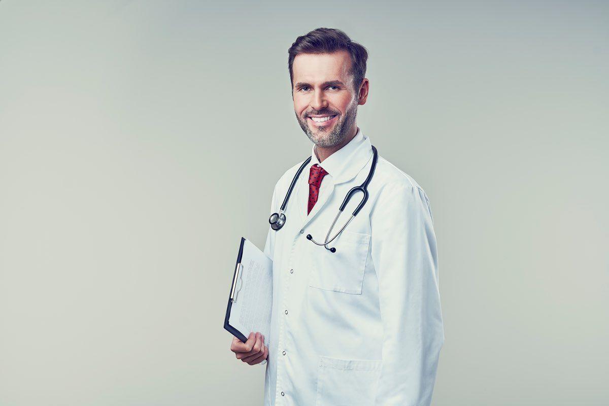 sintomi e cause dei nei rossi sulla pelle