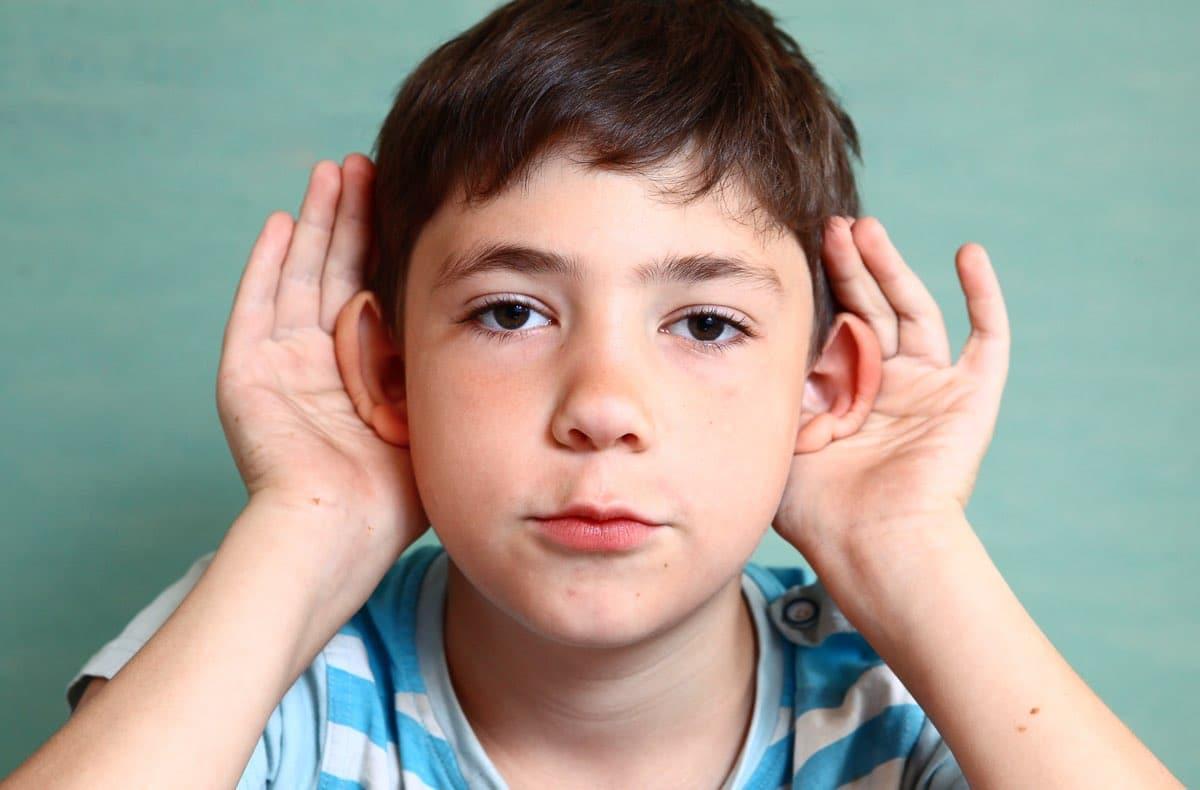 Cause primarie per le orecchie a sventola