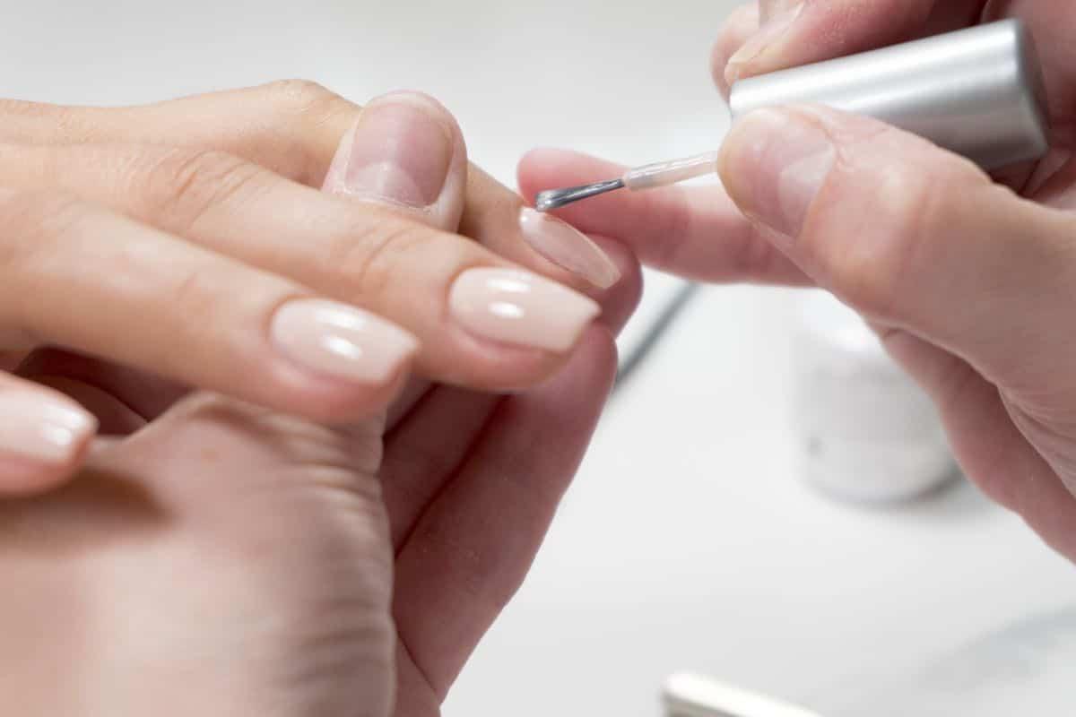 Preparazione dell'unghia malata