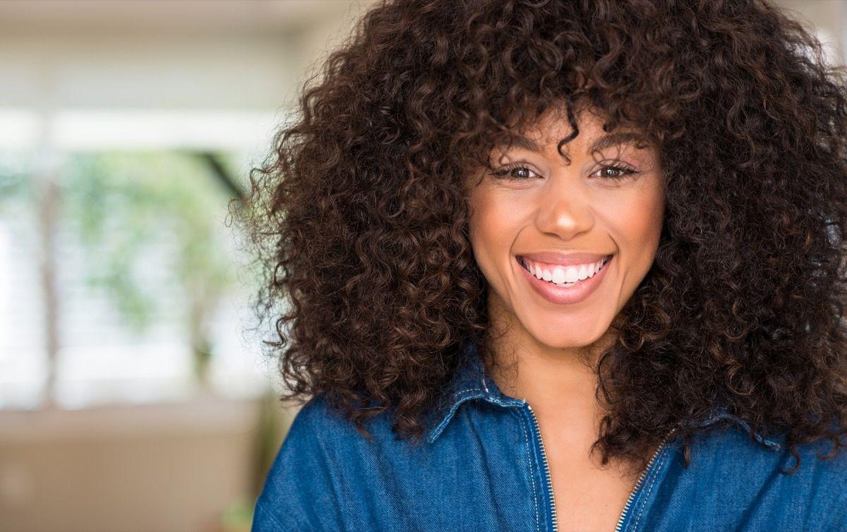 Capelli ricci: 4 segreti per definirli e averli perfetti