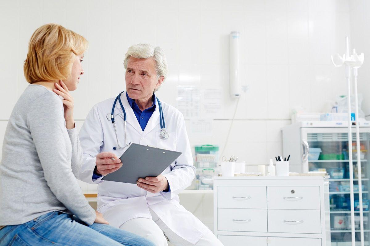 I sintomi della faringite acuta