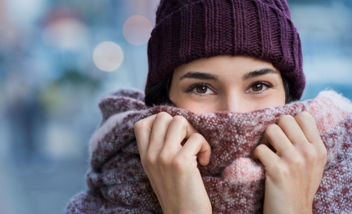 Come si manifesta il raffreddore