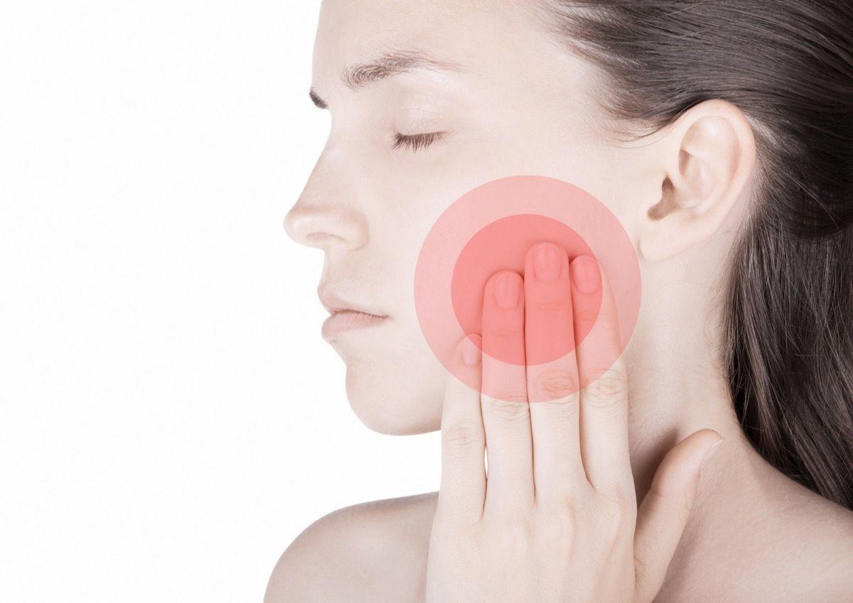 rimedi contro il dolore alla mandibola