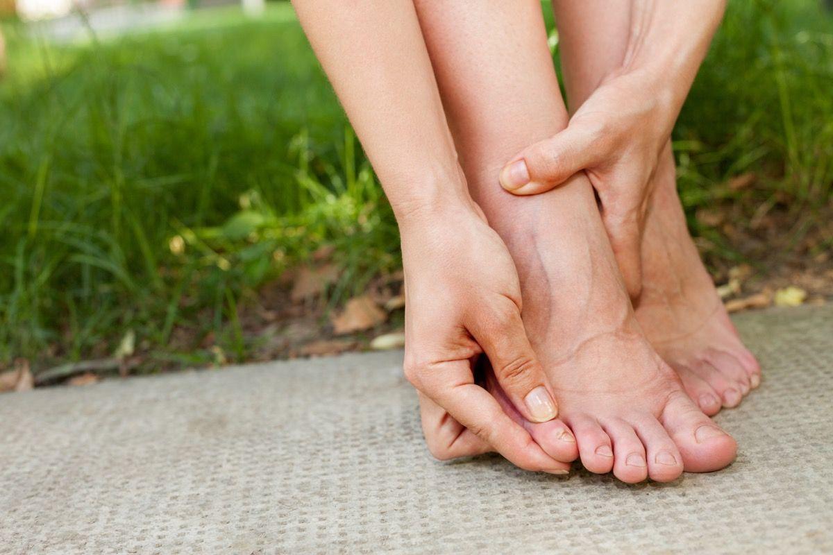 Quali sono i rimedi per le vesciche ai piedi
