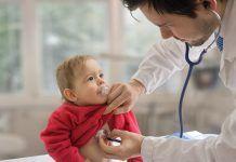 vaccinazione bambina