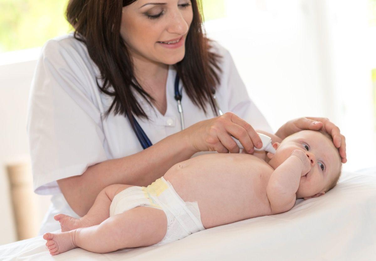 segno di intussuscezione in un neonato