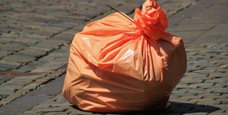 riutilizzare sacchetti di plastica