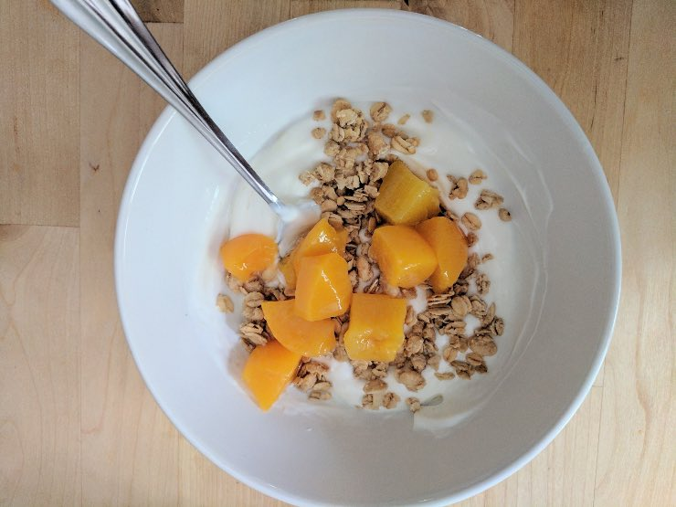 yogurt frutta