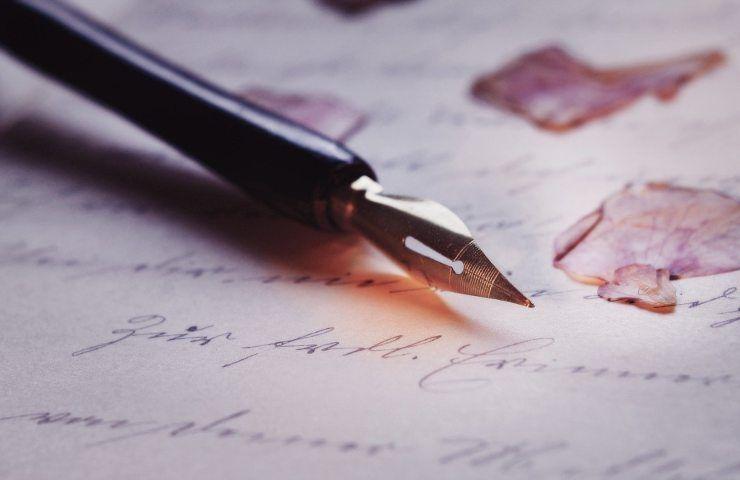 Macchie di inchiostro, come eliminarle in modo naturale