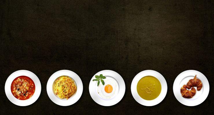 piatti di cibo