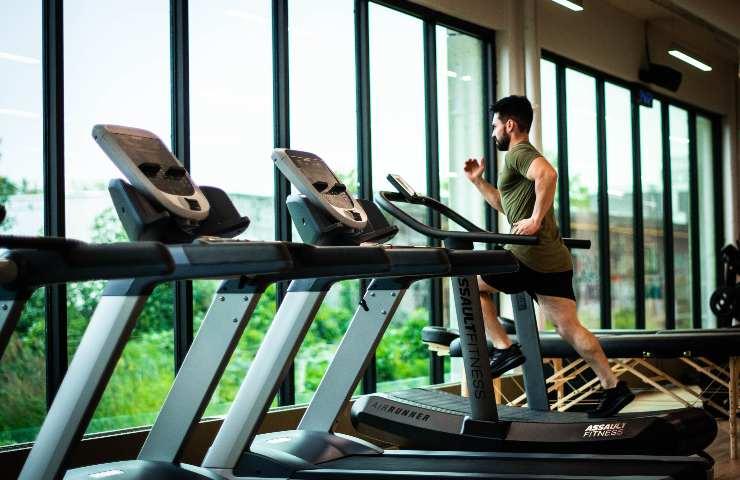 Riapertura palestre: in quanto tempo si recuperano i muscoli