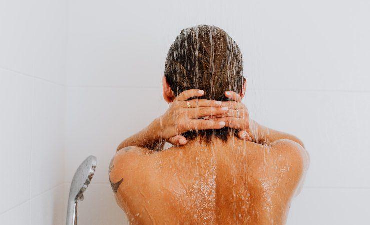 doccia caldo