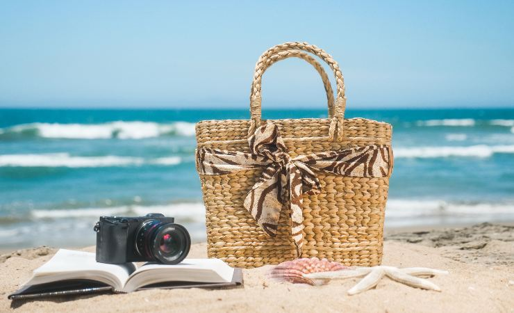 borsa spiaggia indispensabili
