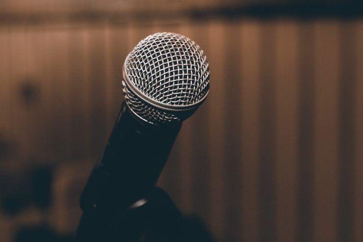 microfono lutto musica