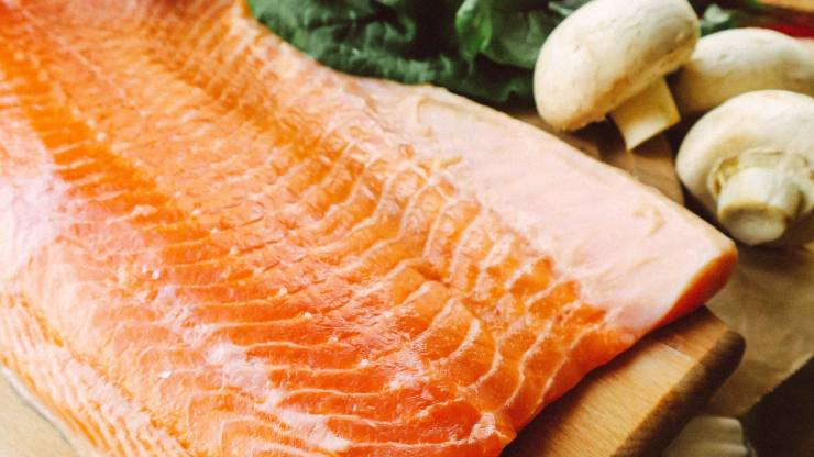 richiamo alimentare salmone affumicato
