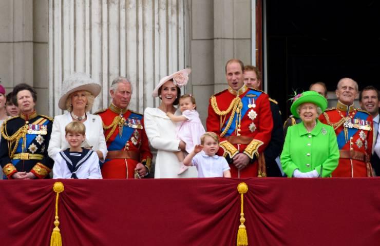 Royal Family mete estive