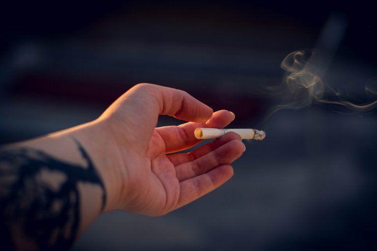 acne e fumo