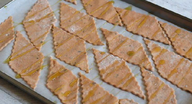 come preparare Crackers alla pizza