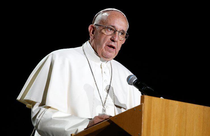Papa Francesco morto