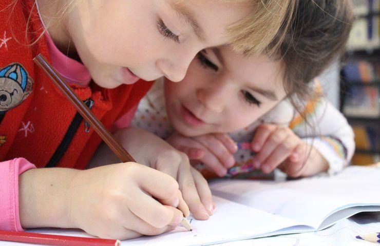 Bambini, l'amore per i dinosauri è sinonimo di intelligenza