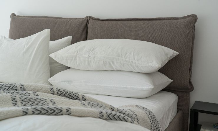 macchie di sudore sui cuscini