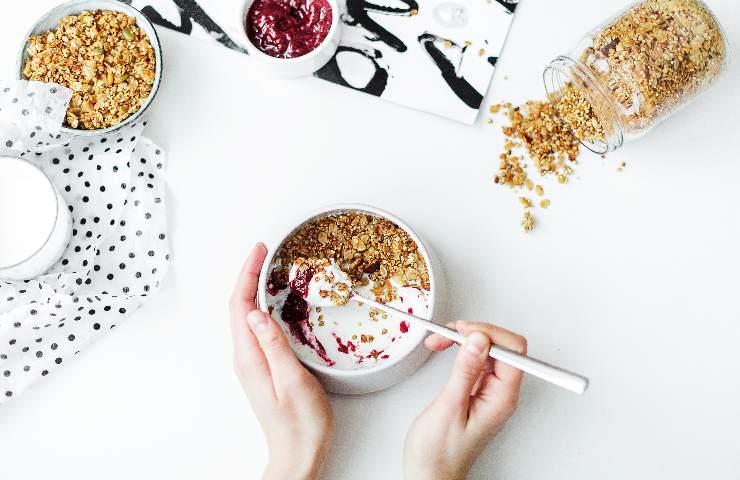 ritiri alimentari yogurt