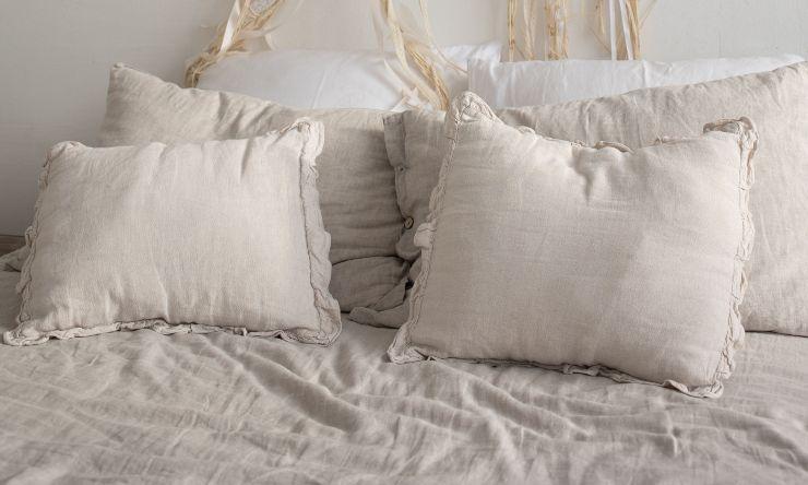 cuscini sui divani