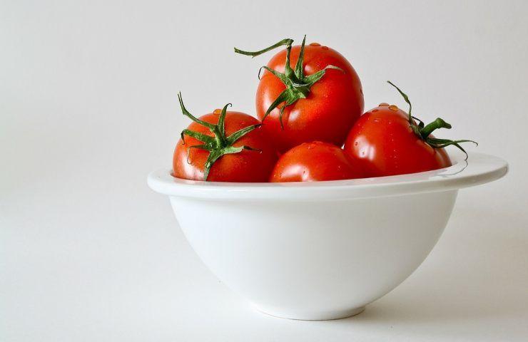 Pomodori conservati in frigo