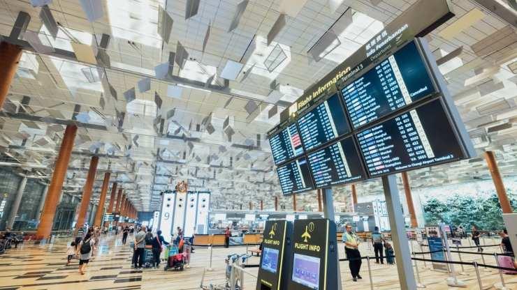 sbrigarsela velocemente areoporto aereo partenza volo viaggiare