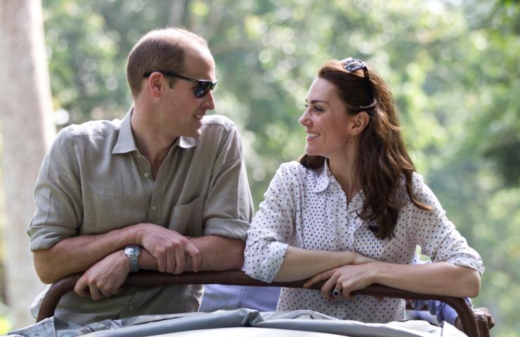 Kate Middleton abbraccia il principe Carlo