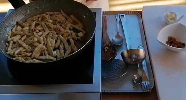 Come preparare Pasta alla riquagghiu