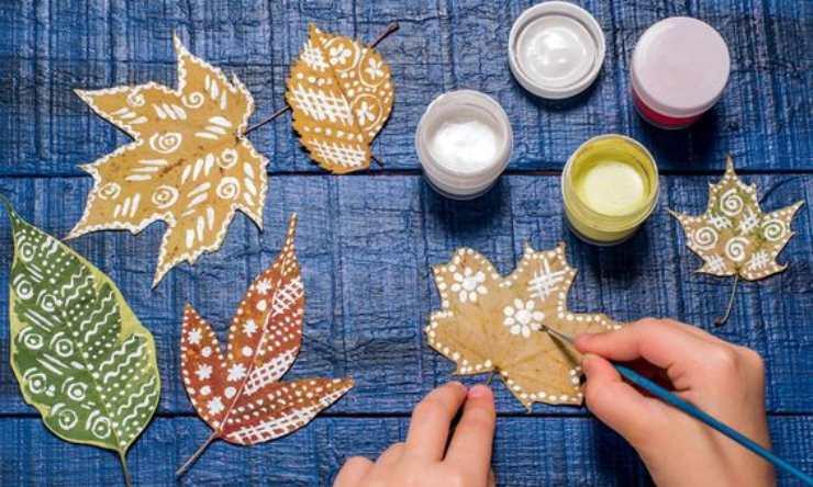 lavori con le foglie