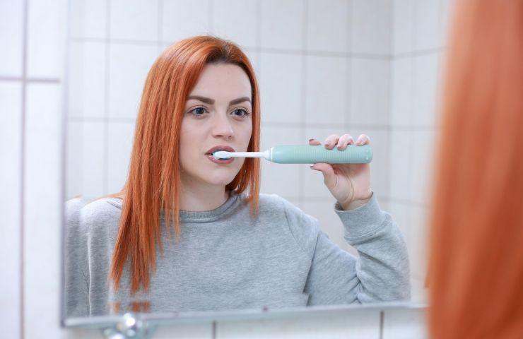 pulizia della lingua necessaria