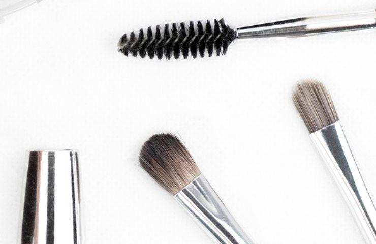 Come applicare bene l'eyeliner