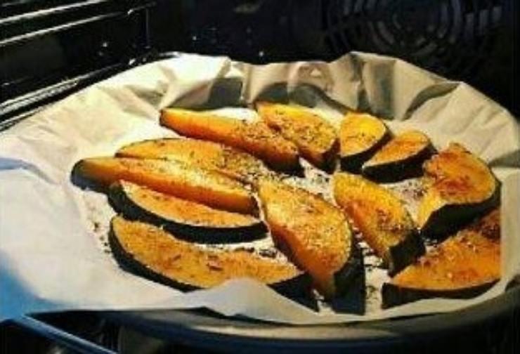 Fette di zucca al forno